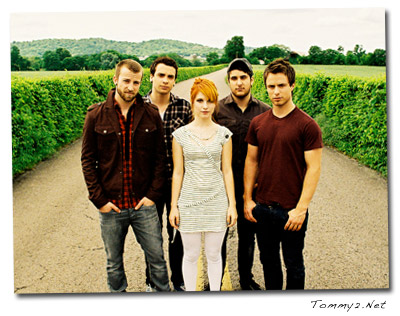 """paramore review essays A summary of """"mending wall"""" in robert frost's frost's early poems  perfect for acing essays, tests, and quizzes, as well as for writing lesson plans."""