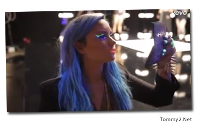 tommy2net behind the scenes with demi lovato cody