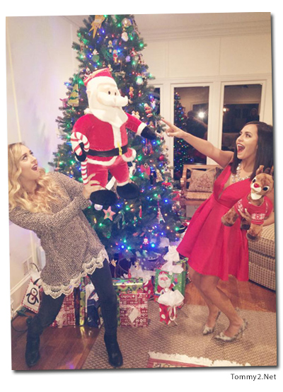 Tommy2 net Joey King loves the holidays, Megan and Liz new EP around